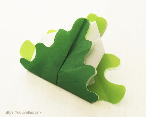 ダイソーの折り紙ブック④ たべものおりがみ 指人形 柏餅