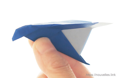 ダイソーの折り紙の本 おりがみブック⑦ おりがみひこうき トンビ飛行機